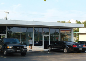 Commercial Retail space available for rent or lease in Miami